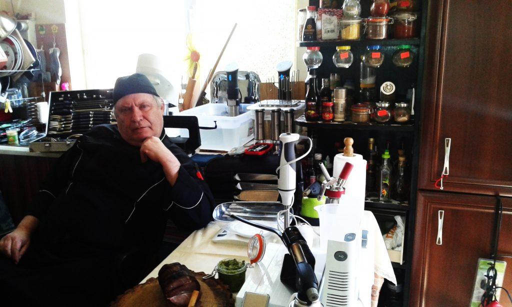 Говежди врат SOUSE VIDE с два вида сос, полента, пуширано яйце с течен жълтък задушени зеленчуци от Борислав Марков